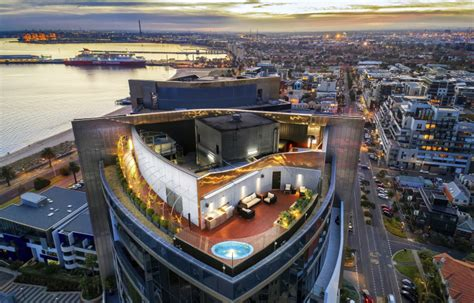 Beachside penthouse in Port Melbourne   The Real Estate