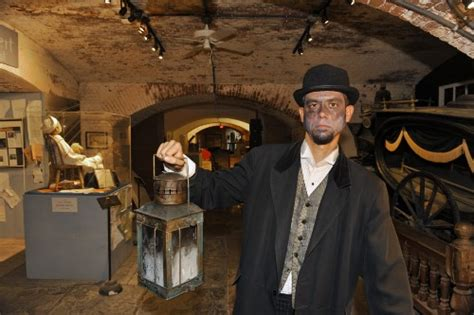 Best Ghost Tours in the U