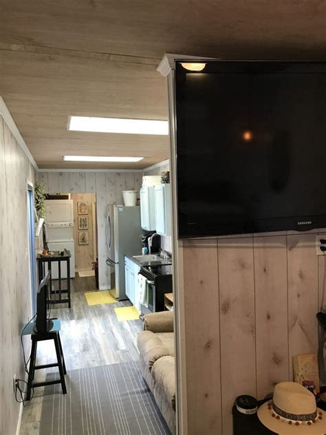TINY HOUSE TOWN: Texas Container Home (320 Sq Ft)