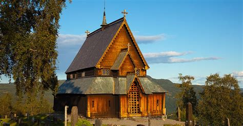 Churches and Stave churches - Valdres