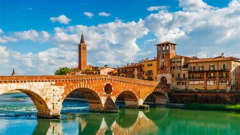 Madly in love with Romeo and Juliet's Verona   Travel