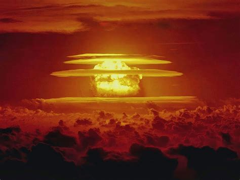 Newly declassified videos of Cold War atomic blasts reveal