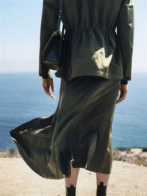 H&M's Brand Arket Unveiled Its First Campaign | Fashionisers