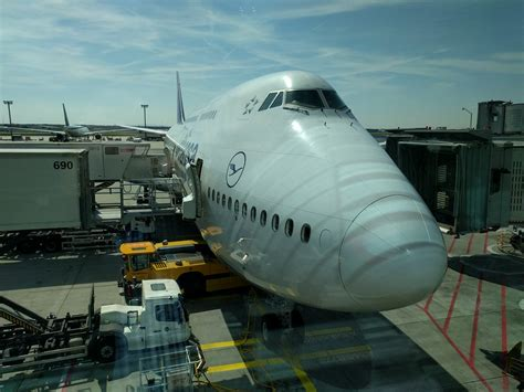 Review of Lufthansa flight from Frankfurt to Bangalore in