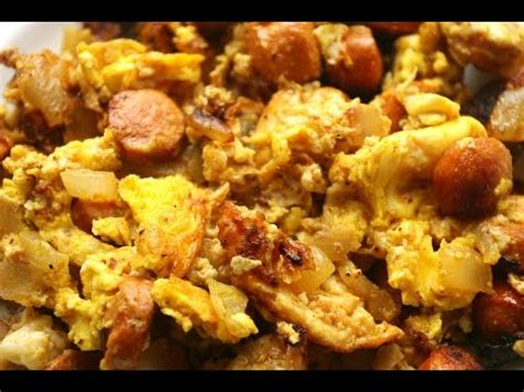 How to make scrambled eggs and sausage - YouTube